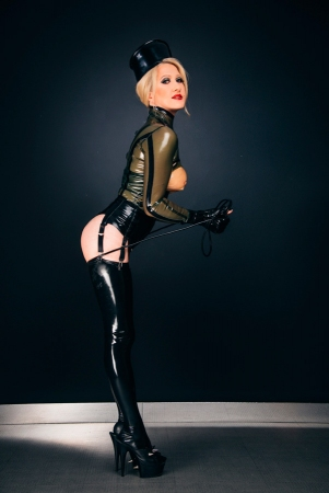 Gallery-Photo 18 - Rubber Cleo