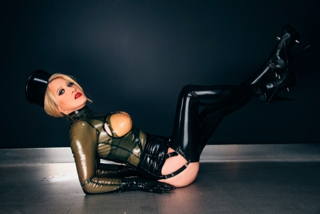 Gallery-Photo 16 - Rubber Cleo