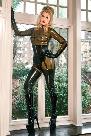 Gallery-Photo 12 - Rubber Cleo