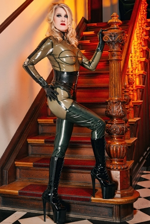 Gallery-Photo 7 - Rubber Cleo