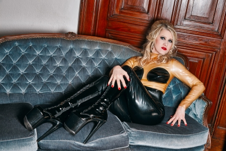 Gallery-Photo 4 - Rubber Cleo