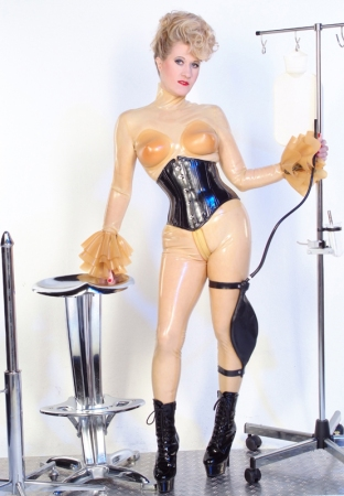 Gallery-Photo 53 - Rubber Cleo