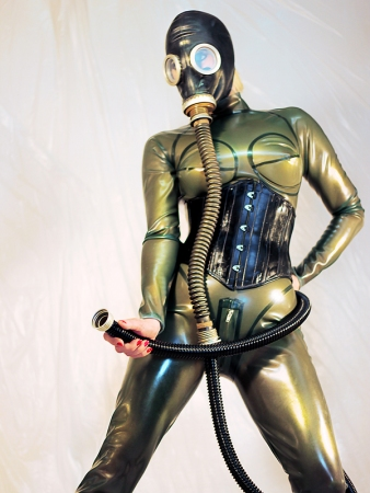 Gallery-Photo 41 - Rubber Cleo