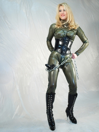 Gallery-Photo 35 - Rubber Cleo