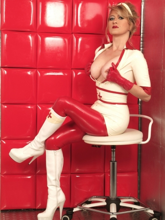 Gallery-Photo 24 - Rubber Cleo